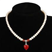 Fabuloso Blanco Perla con el collar de la mujer de Ruby