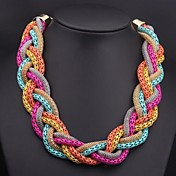 女性の織りマルチカラーのネックレス