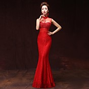 Corte en A Escote de ilusión Hasta el Suelo Satén Evento Formal Vestido con Bolsillos por Xiangnan