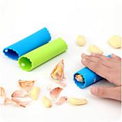 creativo máquina de pelar ajos silicona mágica (color al azar)