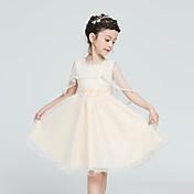 una línea de longitud de la rodilla vestido de niña de flores - cuello joya sin mangas de satén con la cinta por la moda hua cheng