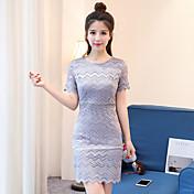 女性の夏の新しい女性の薄い半袖の韓国のスリムパッケージヒップレースドレスだった'スカート