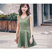 gran mancha 2017 viento de la universidad fresca versión coreana del vestido con cuello en V color sólido de un solo pecho de una línea de