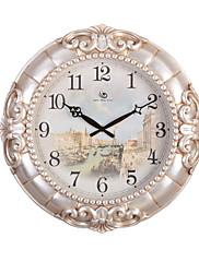 """19.2 """"H Elegantní květinové a Pearl White Embossed Polyresin Nástěnné hodiny"""