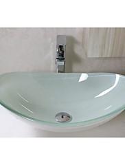 白はwaterfull蛇口がセットされた楕円形の強化ガラス容器シンクを描いた