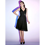 TS Couture® Cocktail Party / Holiday Dress - Little Black Dress Plus Size / Petite A-line / Princess V-neck Knee-length Chiffon with Beading / Criss