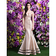 Sweep/Brush Train Satin Bridesmaid Dress - Champagne Trumpet/Mermaid Sweetheart