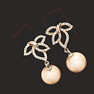Leaves and PearlsWomen's Alloy Stud Earrings With Pearl