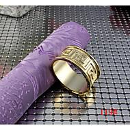 6pcs alliage de zinc anneau murs en forme d'oeuf modèles serviette