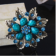 Women's Fashion Pretty Flower Shape Silver Alloy Rhinestone Brooches