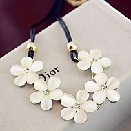 Women's Alloy Necklace With