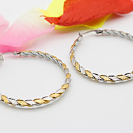 Women's Fashion And The Color Of Gold And Silver Hoop Jewelry Earring
