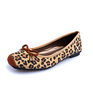 Women's Shoes Suede Flat Heel Comfort / Square Toe / Closed Toe Flats Dress / Casual Animal Print