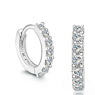 Beszúrós fülbevalók utánzat Diamond Divat Ezüst Kristály utánzat Diamond Ezüst Ékszerek Mert Esküvő Parti Napi 2pcs
