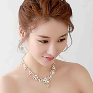 Korean Anniversary / Wedding / Engagement / Birthday / Gift / Party / Special Occasion Necklace with Rhinestone
