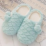 Girl's Winter Round Toe / Slippers Fur Outdoor / Casual Flat Heel Blue / Yellow / Pink