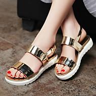 Sandály - Lakovaná kůže - Nazouvací / Pohodlné - Dámská obuv - Stříbrná / Zlatá - Šaty / Běžné - Plochá podrážka