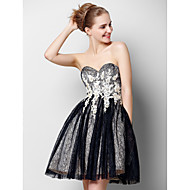 TS Couture® Prom  Cocktail Party Dress A-line Sweetheart Knee-length Tulle with Appliques / Lace