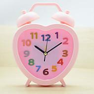 (צבע אקראי) סטודנטי שעון מעורר קטן לצפות ילדים חמודים שעון לצד היצירתי לבבות קריקטורת שעון