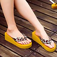 Для женщин Тапочки и Шлепанцы Удобная обувь Резина Весна Лето Повседневные Удобная обувь На плоской подошве Черный КоричневыйНа плоской