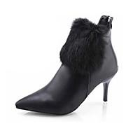 Для женщин Ботинки Модная обувь Полиуретан Осень Зима Повседневные Для праздника Модная обувь На шпильке Белый Черный Красный 2,5 - 4,5 см