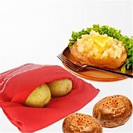 Mikrovlnná trouba pečená červená bramborová taška pro rychlé občerstvení za pouhých 4 minut bramborové brašny