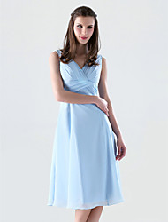 Knee-length Chiffon Bridesmaid Dress - Sky Blue Plus Sizes A-line/Princess V-neck