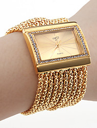 Women's Diamond Bracelet Style Wrist Watch (Gold)