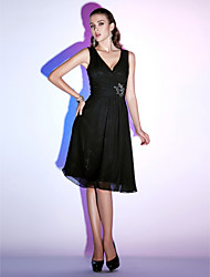 Homecoming Cocktail Party/Holiday Dress - Black A-line/Princess V-neck Knee-length Chiffon
