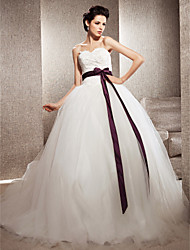 Lanting Ball Gown Petite / Plus Sizes Wedding Dress - Ivory Chapel Train Sweetheart Tulle / Lace