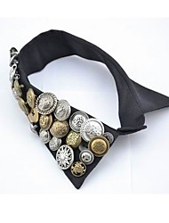 Women's Vintage Button Collar Necklace