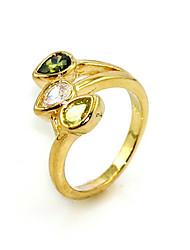 роскошный три сердечных сократить кубический цирконий платины покрыты 18-каратного золотого кольца