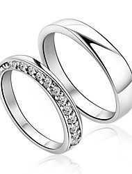 Charming Sterling Silver Round Paares Kristall-Ringe