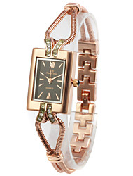 Belle alliage Verre Rectangle Quartz Montre pour femme