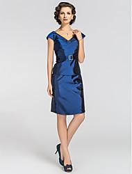 Sheath / Column Plus Size Petite Mother of the Bride Dress - Sexy Knee-length Short Sleeve Taffeta withBeading Sash / Ribbon Crystal