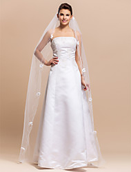 Elegant One-tier Waltz Tulle Wedding Veils With Pencil Edge