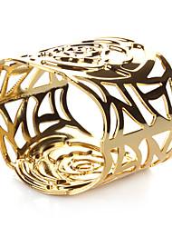 Set of 4 Hollow Rose Design Golden Zinc Alloy Napkin Ring