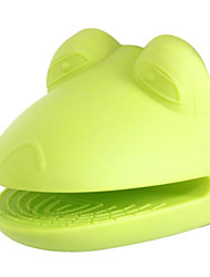 Frog Shaped Silicon Insulated Glove (Green)