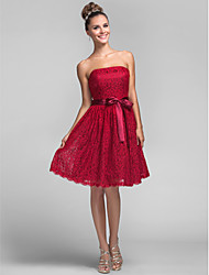 Lanting Bride® Knee-length Lace Bridesmaid Dress - A-line / Princess Strapless Plus Size / Petite with Bow(s) / Lace / Sash / Ribbon