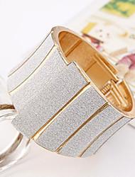 Bracelet de particuliers occidentaux alliage de modèle femmes