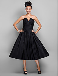 TS Couture® Cocktail Party / Prom / Holiday Dress - Black Plus Sizes / Petite A-line / Princess V-neck Tea-length Taffeta