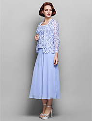 Sheath/Column Plus Size / Petite Mother of the Bride Dress-Sky Blue Tea-length Long Sleeve Chiffon / Lace