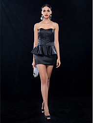 Sheath/Column Sweetheart Short/Mini Stretch Satin Cocktail Dress (699491)