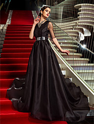 Military Ball / Formal Evening Dress - Black Plus Sizes / Petite A-line Jewel Court Train Organza