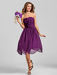 Lanting Bride® Tea-length Chiffon Bridesmaid Dress - A-line Strapless Plus Size / Petite with Ruching / Cascading Ruffles