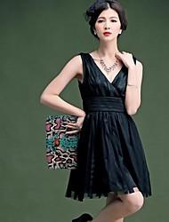 Mujeres V profundo vestido elegante delgado