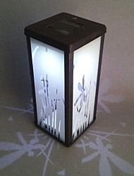 0.06W verre artistique LED blanche lampe de jardin solaire en fonction Cuboid