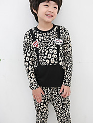 Niño Correas Animal Print Pocket cuello redondo Ropa Set (Insignia al azar)