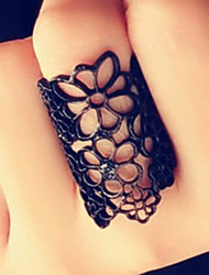 Subi Hollow Lace Floral Ring
