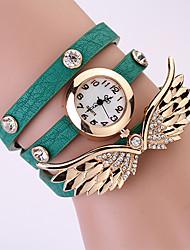 Koshi 2014 Women's Angel Wing 3 Round Diamonade Watch (Green)